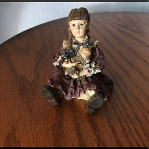 Yesterday's Child from Boyds Dollstone Coll.  EUC